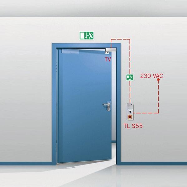 Lắp đặt cửa thép chống cháy