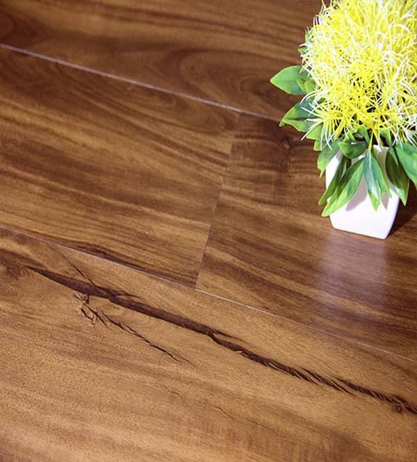 Cách tạo vân gỗ trên cửa thép giả gỗ như thế nào?