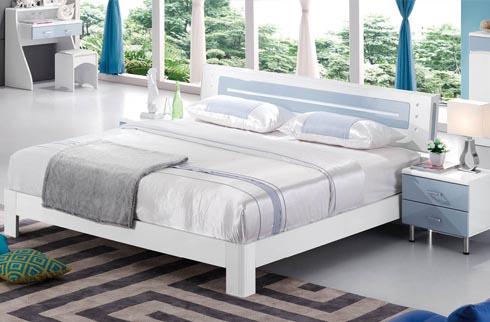 hình ảnh giường ngủ hiện đại màu trắng