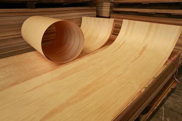 Ưu và nhược điểm của cửa giả gỗ Veneer